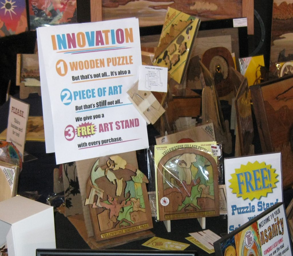 Innovation - Puzzle, Art and Stand